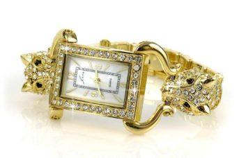 Uhren und Schmuckstücke im Lichtzelt richtig in Szene setzen