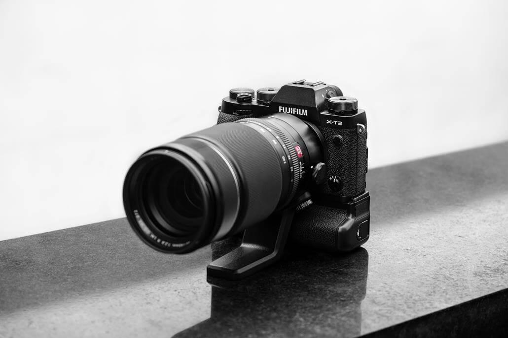 Spiegelreflexkamera mit Zoomobjektiv